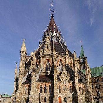 Biblioteca-Parlamentului-Canada