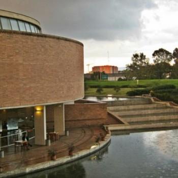 Biblioteca-Virgilio-Barco-Columbia